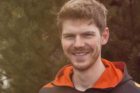 Martin Østergaard Gertsen er mountainbikeinstruktør på Feriecenter Slettestrand.